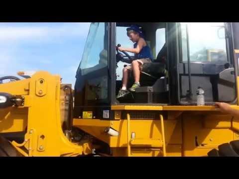 Touch A Truck Day | The Hypertufa Gardener