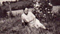 Grandmother-hypertufa-gardener