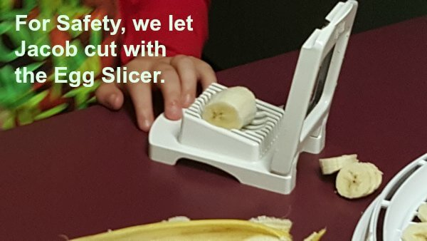 Slicing Bananas Egg Slicer(1)