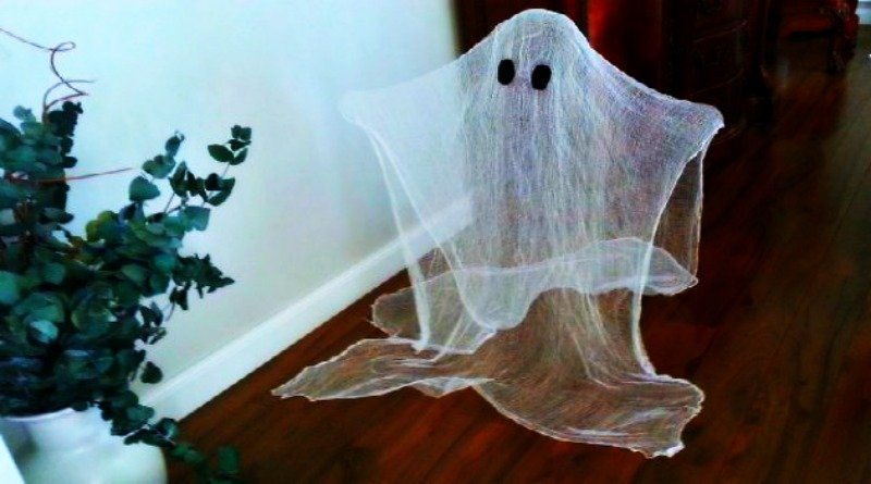 Halloween Cute and Easy Ghosts
