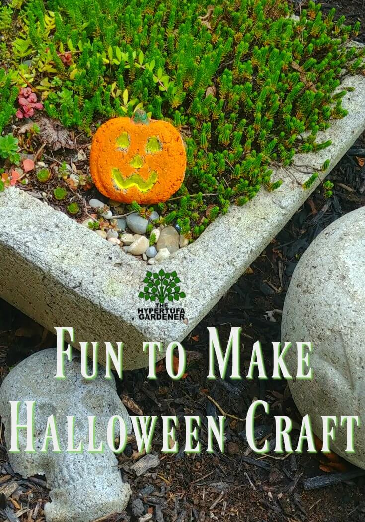 Cute Halloween craft, kids can paint them.