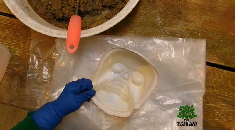 How to make a Hypertufa Halloween Skull
