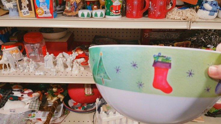 image of small plastic bowl for hypertufa mold